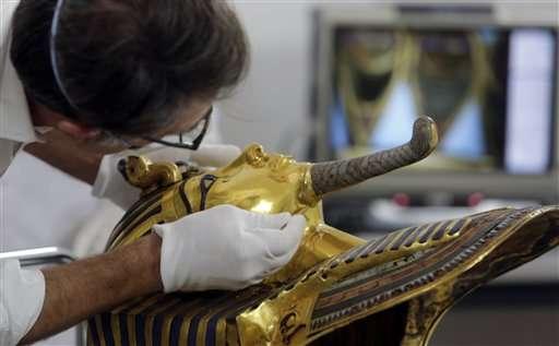 Egypt fixing Tutankhamun mask after botched epoxy repair