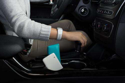 Energous at CES shows wire-free charging tech