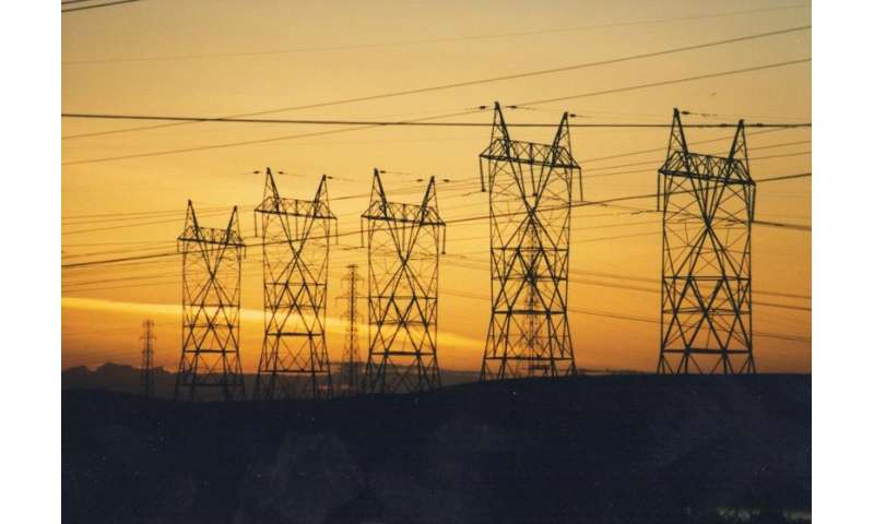 Enlisting distributed energy devices to balance the power grid