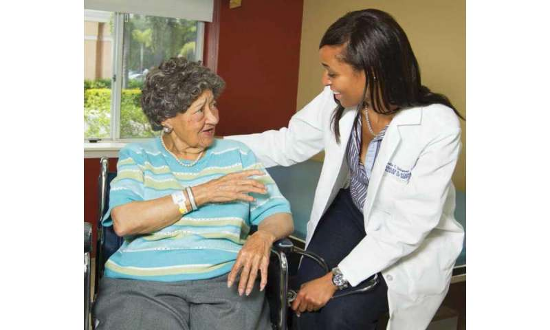 FAU develops guide on hospital transfers for nursing home residents and their families