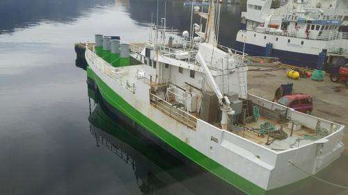Fishing vessel transformed into a wave power plant