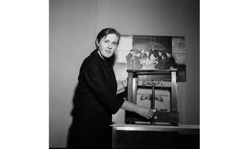 Frances Kelsey, doctor who opposed thalidomide, dies at 101