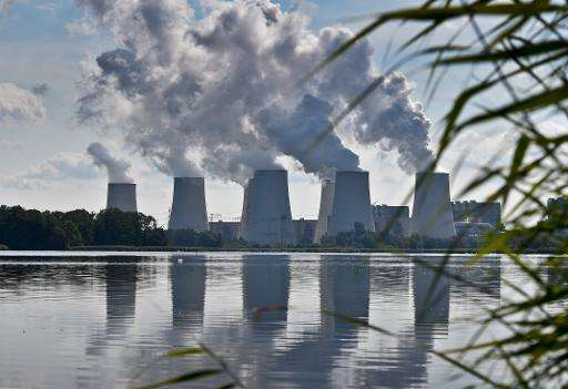 G7 leaders have called for global emissions cuts of 40-70 percent by the middle of the century compared to 2010 levels
