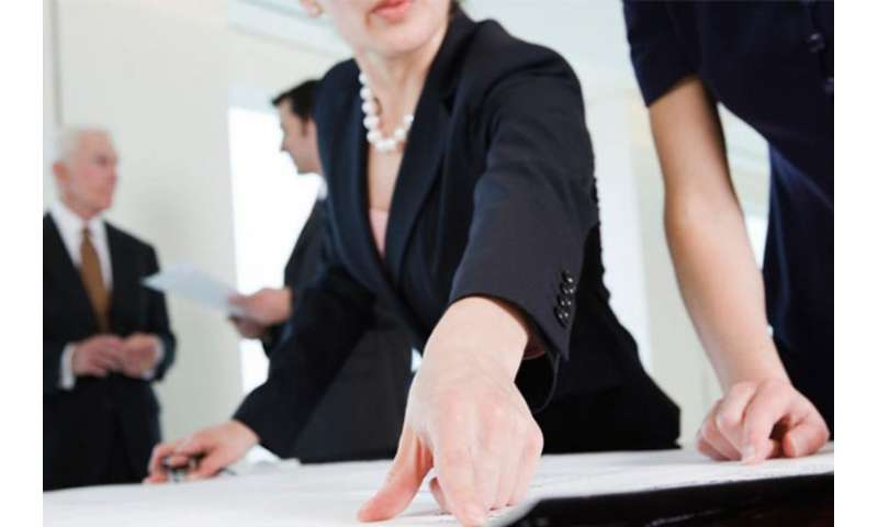 Gender diversity curbs CEO excess