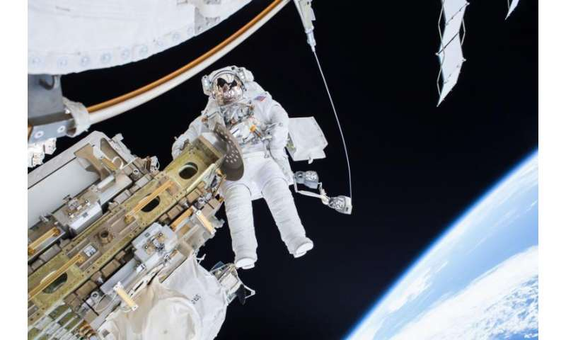 Image: NASA Astronaut Tim Kopra on Dec. 21 spacewalk