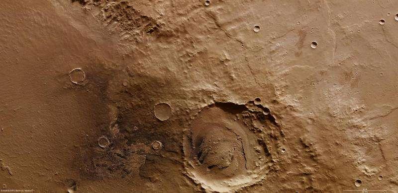 Image: On the rim of Schiaparelli crater