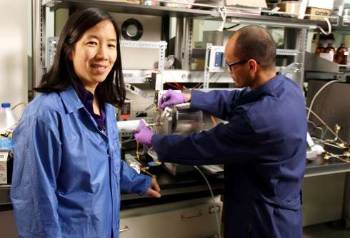 In a severe flu season, Virginia Tech researcher searches for better ways to prevent infections