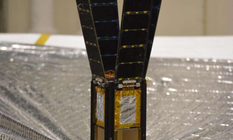 LightSail team prepares for tests of mylar space wonder
