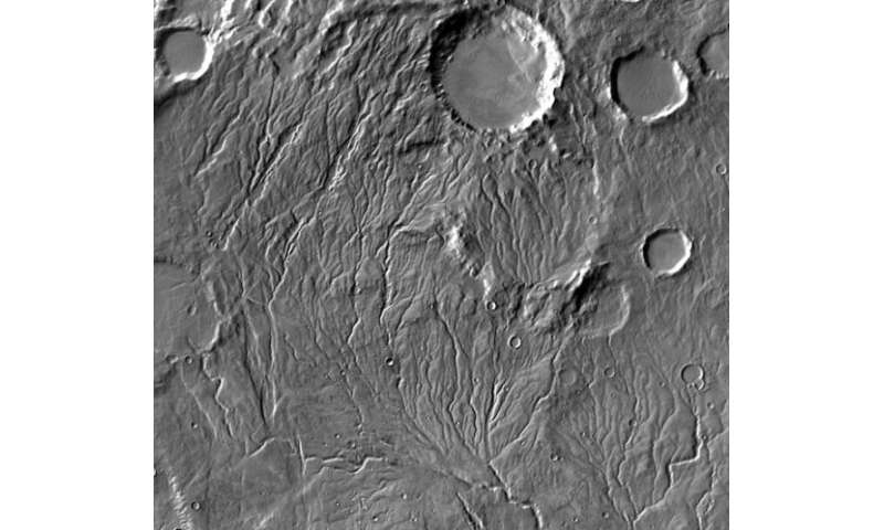 Martian valleys could have been carved by surprisingly little water
