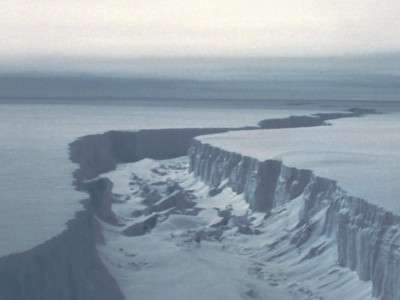 Modelling the instantaneous response of glaciers after ice shelf collapse