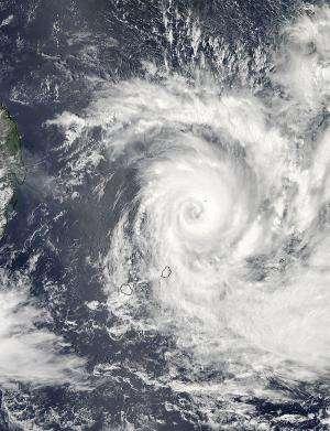 NASA eyes Tropical Cyclone Bansi's eyewall replacement