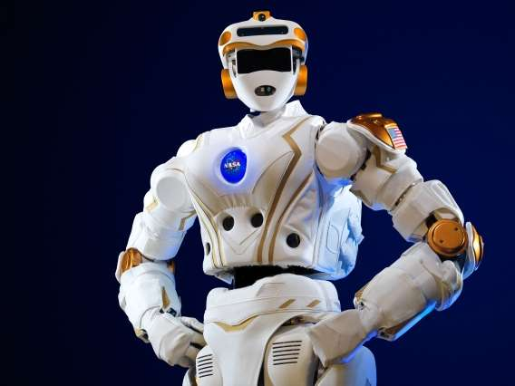 NASA gives MIT a humanoid robot to develop software for future space missions