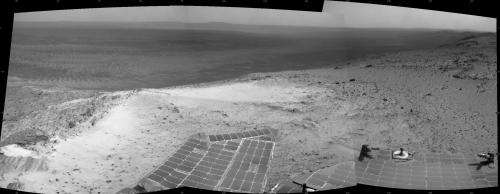 NASA Mars rover Opportunity climbs to high point on rim
