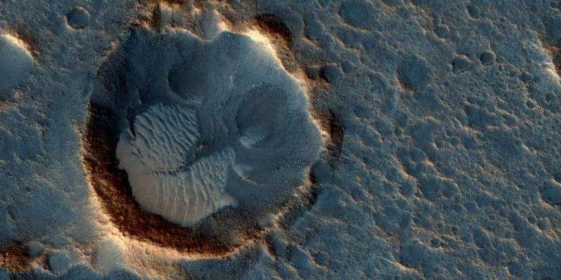 NASA orbiter views sites of fiction film's Mars landings
