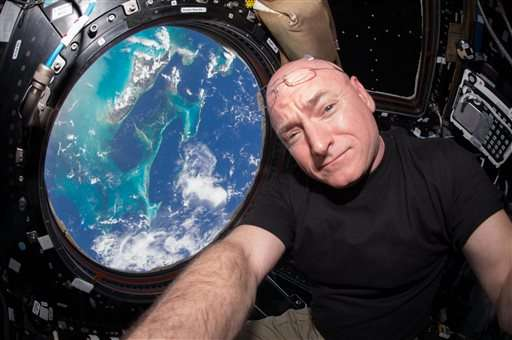 NASA's Scott Kelly breaks US record for most days in space