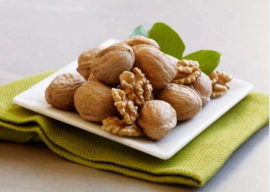 New Research Finds Walnuts May Help Slow Colon Cancer Growth