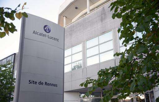 Nokia and Alcatel-Lucent are in talks over a potential full merger