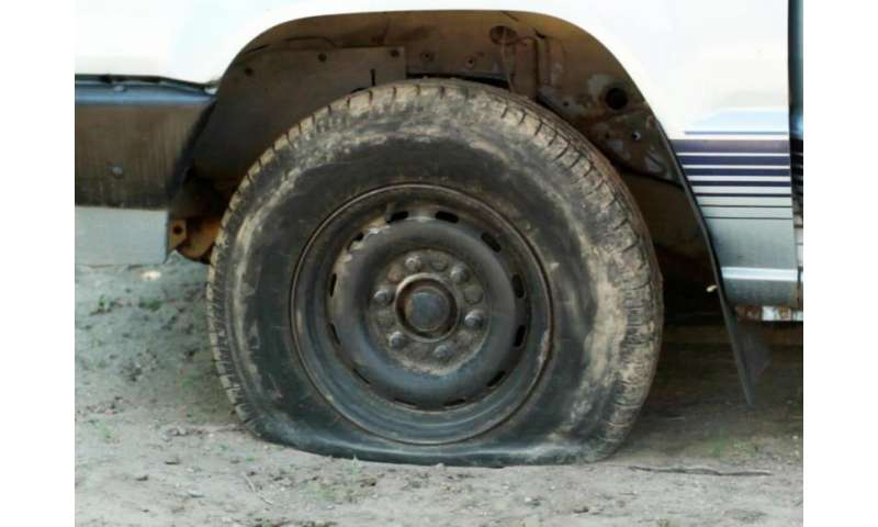 No more flat tires? Scientists make rubber that can heal itself (video)
