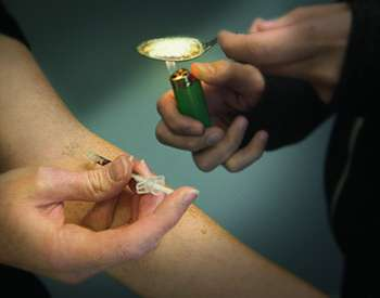 On the rise: Painkiller abusers who also use heroin