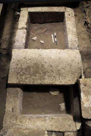 Picture provided by the Greek ministry of culture on November 12, 2014 shows a grave found in the tomb dating to the Alexander t