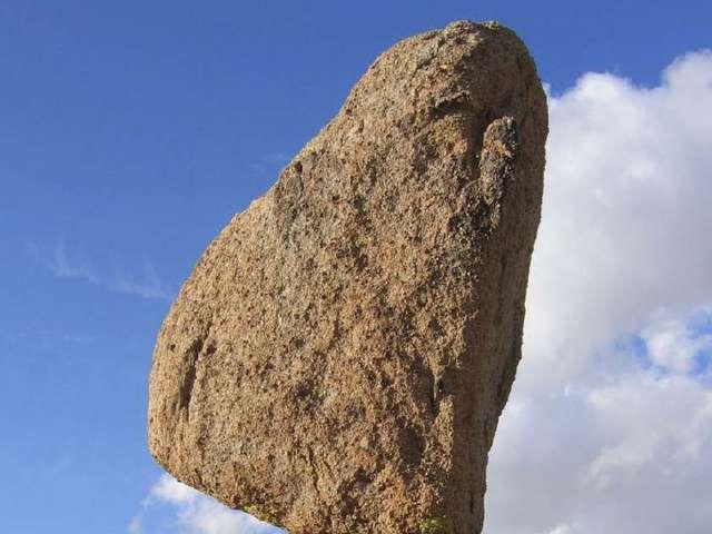 Precariously balanced rocks suggest San Jacinto, San Andreas may have ruptured together