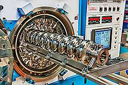 Record quality factor lowers cost of new particle accelerator