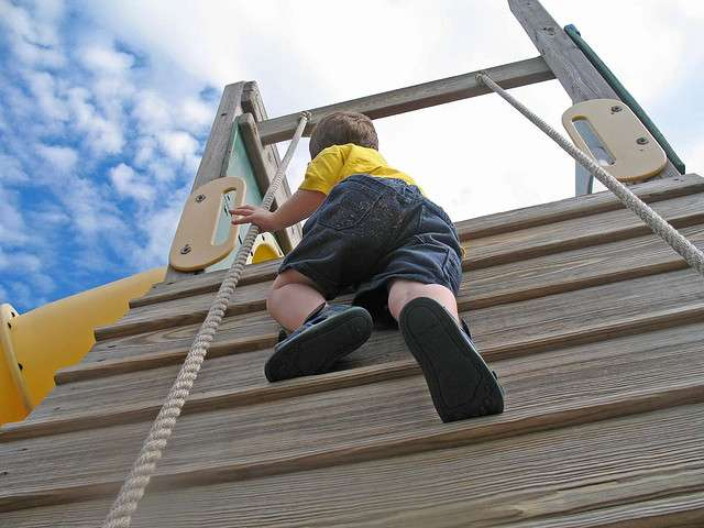 Risky outdoor play positively impacts children's health, says study