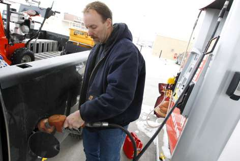 Scientist calculates economic impact of gas tax increase for Iowans