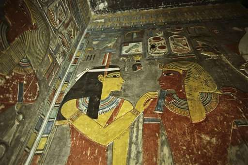 Search for Egypt's Nefertiti gains new momentum (Update)