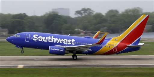 Southwest warns Monday travelers to plan ahead after delays