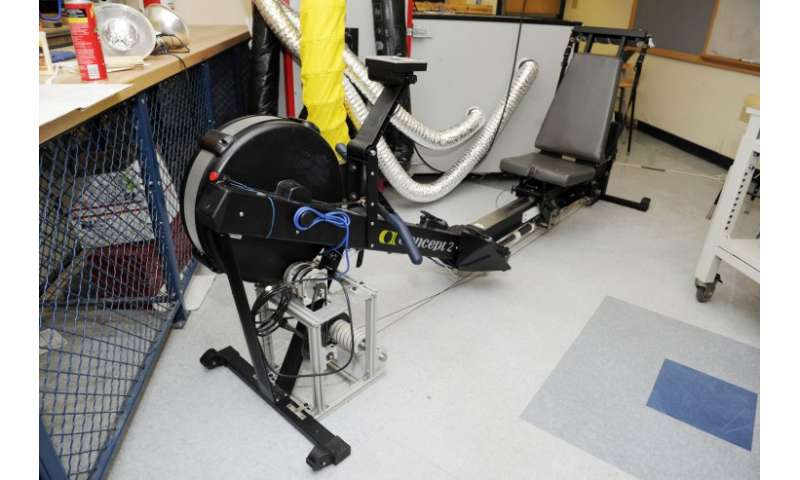 Students design exercise device for people with paraplegia