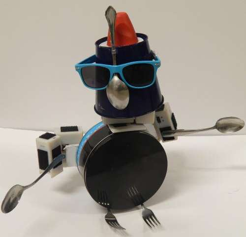System encourages creativity, makes robot-design fun