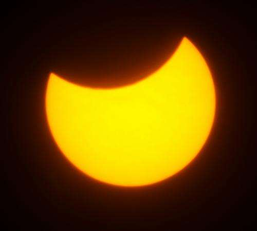Take part in the world's biggest eclipse weather experiment
