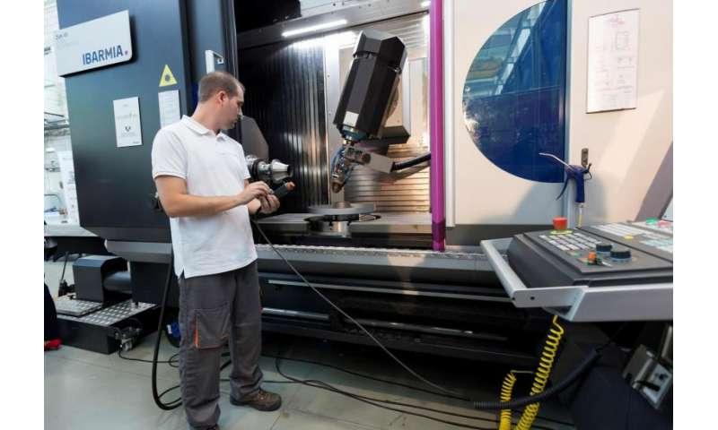 Tecnalia, Ibarmia and the UPV/EHU showcase the biggest 3-D printing machine for industry