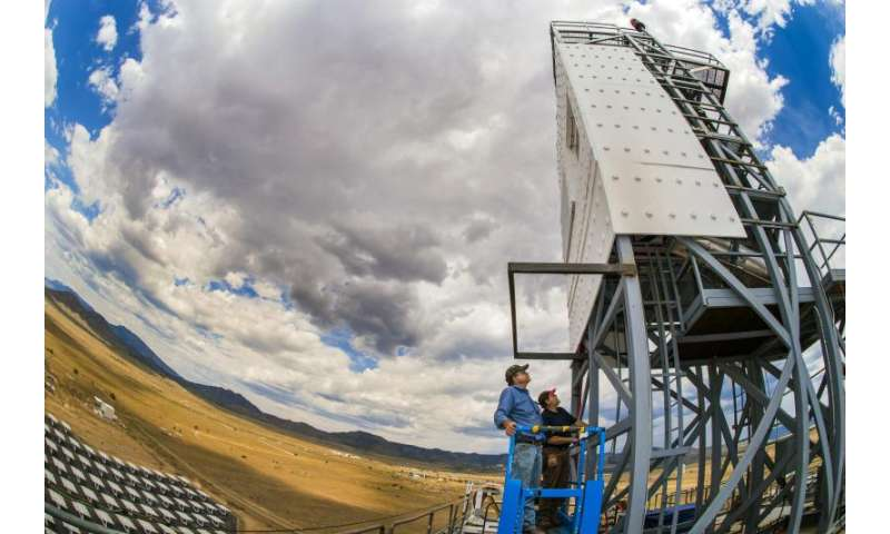 Testing heats up at Sandia's Solar Tower with high temperature falling particle receiver