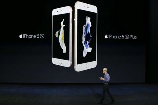 The Latest: Sharper cameras in new iPhones
