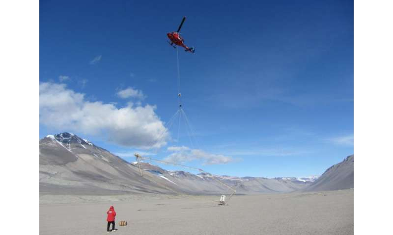 UT research uncovers lakes, signs of life under Antarctica's dry valleys