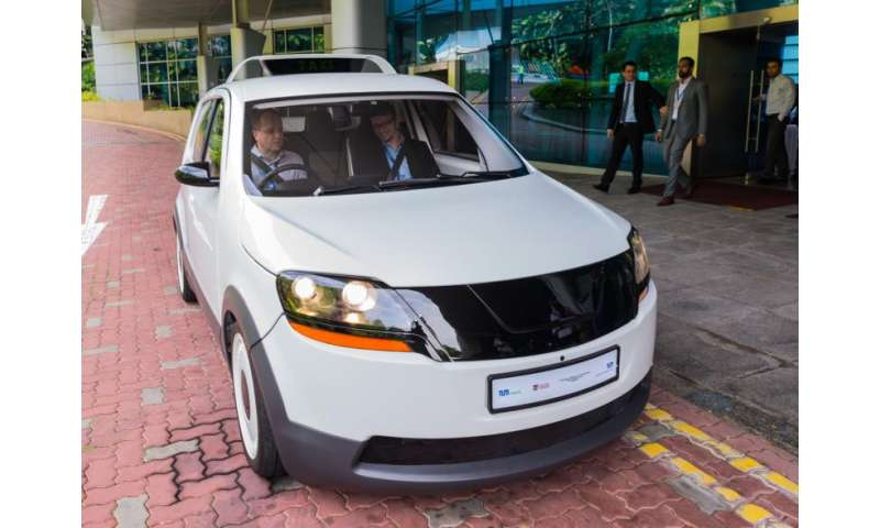 World's first electric taxi for tropical megacities has been launched