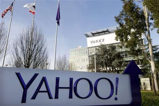 Yahoo's revenue slips again in 3Q as turnaround falters
