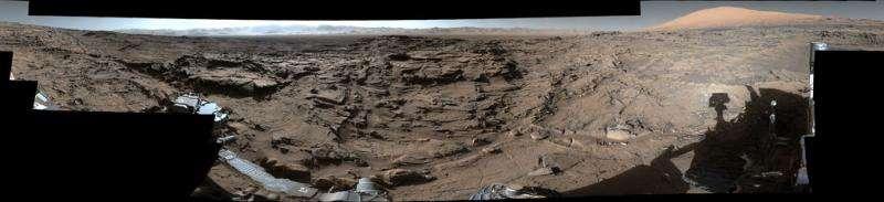 Curiosity cores hole at 'Lubango' fracture zone