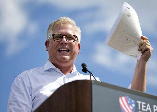 Facebook CEO to meet with Glenn Beck, other conservatives