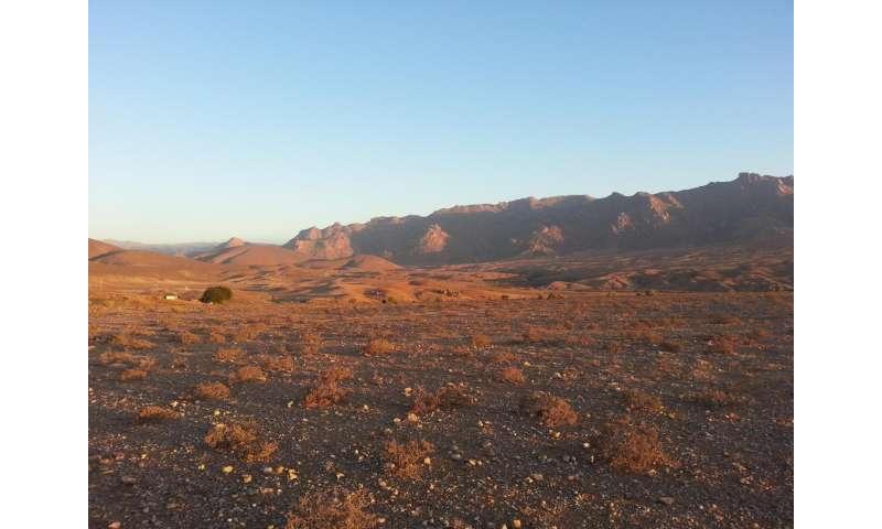 Genetics of African KhoeSan populations maps to Kalahari Desert geography