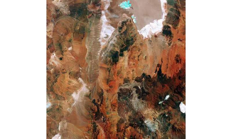 Image: Sentinel-2A looks at Chile's salt flat