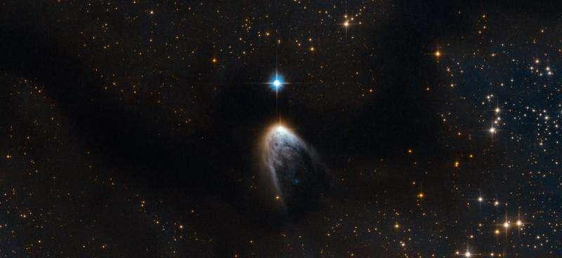 Image: Stellar object IRAS 14568-6304 ejects gas across 180 light years
