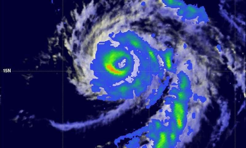 NASA looks into Tropical Cyclone Celia's winds and rainfall rates