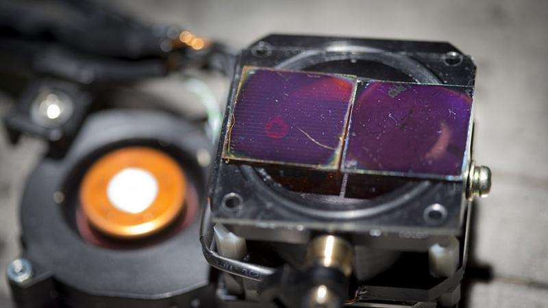 New way to make low-cost solar cell technology