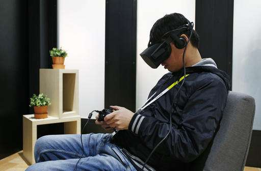 Oculus Rift begins shipping; reviews suggest waiting is OK
