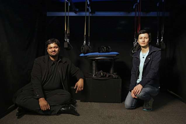 SCUBA simulator advances the field of virtual reality while exploring the relationship between diving and disability