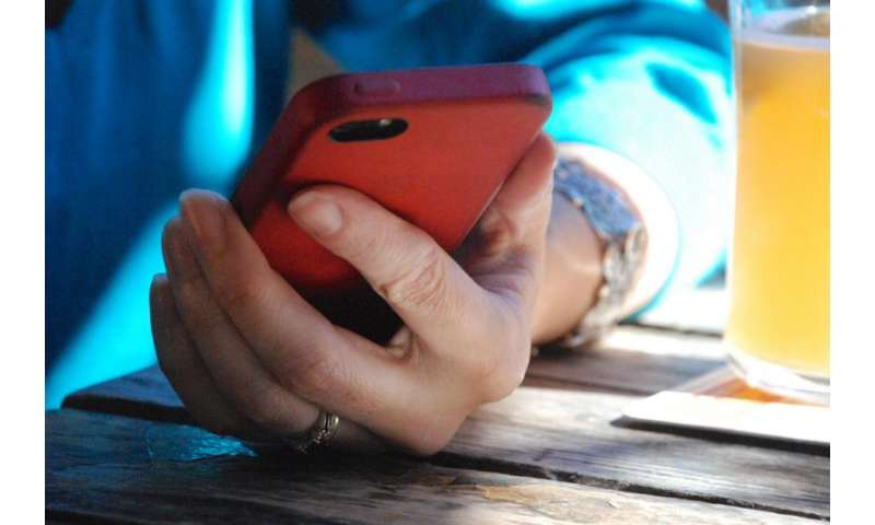 Study highlights link between social media use and underage drinking
