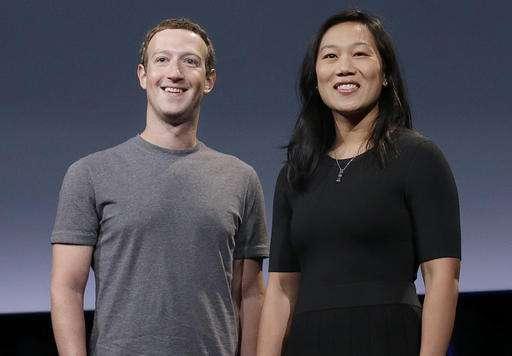 Zuckerberg, Chan pledge $3B to end disease